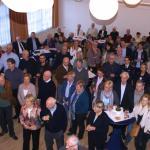Die Besucher des Neujahrsempfangs hörten dem Bürgermeister interessiert zu