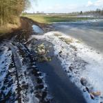 Asbest auf dem Feldweg