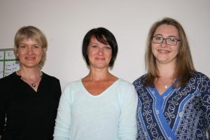 Dorothea Wilke-Nöldeke (von links), Erzieherin Maren Blach und Nadine Ahlers begleiten das Projekt.