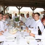 Ganz in Weiß dinierten die Gäste in Hasloh.