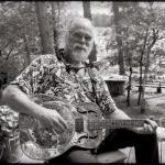 Tom Shaka spielt den Blues nicht nur, er lebt ihn.