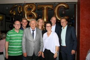 Der Vorstand des BTC (von links) Carsten Lindemann (Schatzmeister), André von Appen (Stellvertreter), Jens Walz(Vorsitzender), Berit Adams (Stellvertreterin), Janina Neumann (Jugendwartin), Olav Diers (Stellvertreter) und Alexander Scholz (Sportwart).