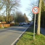 Auf der Rugenbergener Straße ist Tempo 50 erlaubt